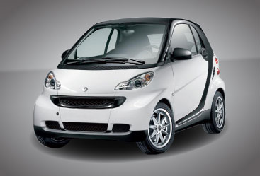 They Re Cute Fun Small And The Most Fuel Efficient Cars On Road Some Might Say These Smart Are More Motor Scooter Than Car Because Of